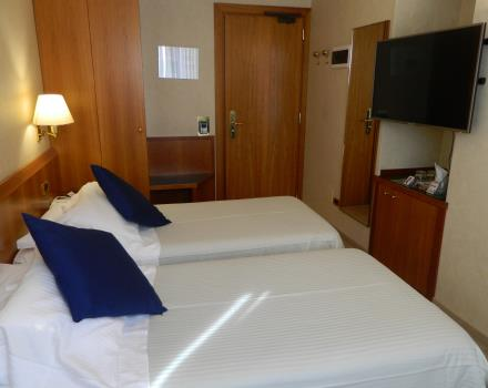 Classic twin rooms of Best Western Hotel Cappello d''Oro Bergamo waiting