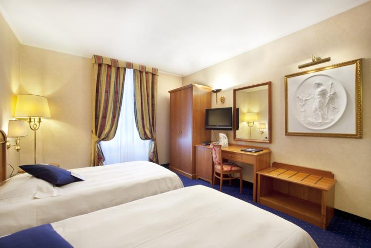 Chambre deluxe best western hotel cappello d 39 oro for Chambre western